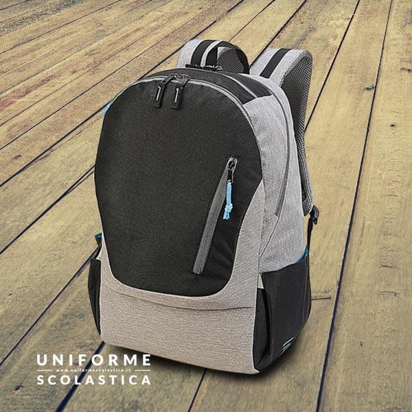 Zainetto Laptop - Zainetto Laptop, dimensioni 31 x 48 x 20 cm. Questo splendido zainetto dispone di uno scompartimento imbottito adatto per portatili.